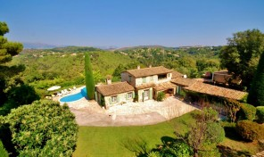 Beautiful 5 Bedroom Provencal Mas near Biot