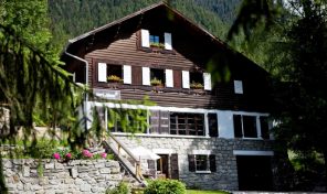 A Renovated 9 Bedroom Chalet near Chamonix