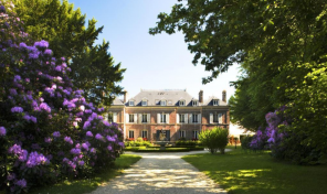 Beautiful Normandy Chateau near the sea and Deauville