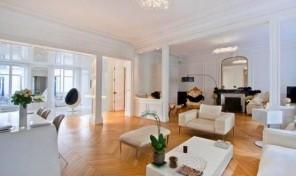 Superb Spacious Three Bedroom Apartment Park Monceau, Paris