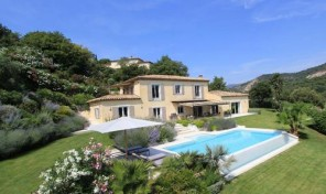 Charming Property Near The Village Of Grimaud
