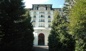 Renovated Top Floor Duplex Apartment in the Iconic Chamonix Building, Le Majestic