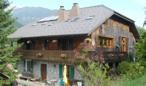 Beautiful Chalet with Lovely Views near Morzine