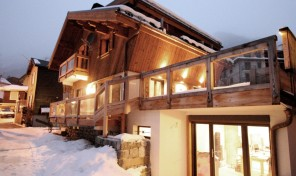 Tastefully Refurbished 5 bed Chalet in the Heart of Chamonix