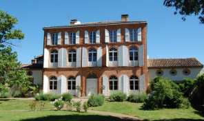 Character 13 Bedroom Manor House Set in a Beautiful Park near Moissac, Tarn-et-Garonne